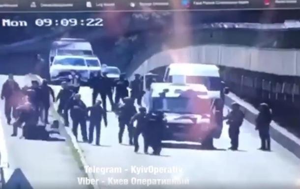 Момент взяття київського мінера потрапив на відео