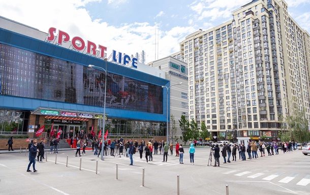 Українці масово пішли до  Sport Life