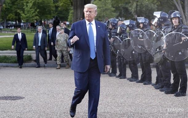 Трамп: Беспорядки в США − это внутренний терроризм