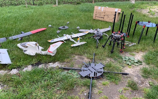 На Львовщине нашли парк дронов контрабандистов