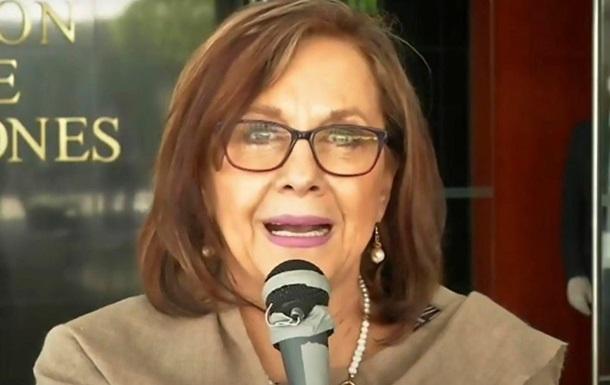 Политик оголила грудь на совещании по видеосвязи