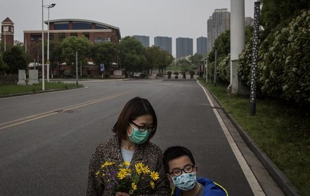 Пекин снял запрет на въезд жителям Уханя