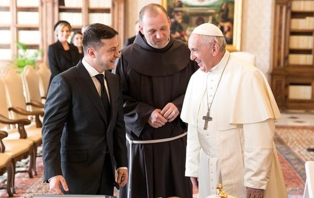 Папа Франциск займається звільненням Марківа