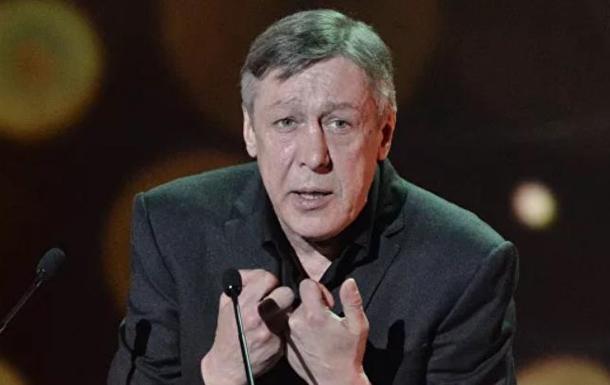 Российский актер Михаил Ефремов попал в аварию в центре Москвы