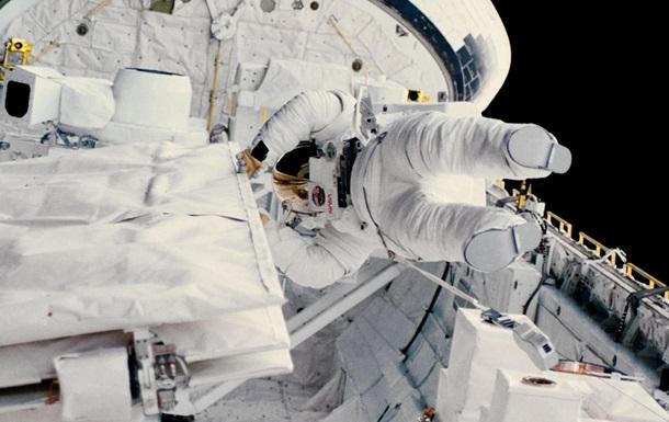 Екс-астронавт NASA спустилася на дно Маріанської западини