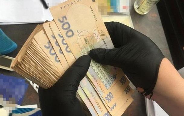В Харькове госрегистратора подозревают в махинациях на миллион гривен
