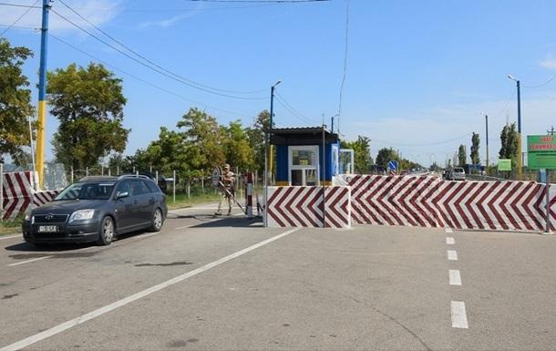Пункты пропуска на админгранице с Крымом заработают 15 июня