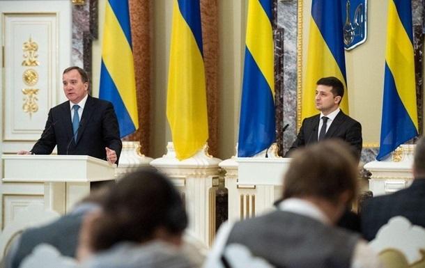 Зеленский провел переговоры с премьером Швеции