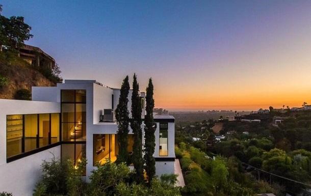 Ариана Гранде купила особняк за $13,7 млн