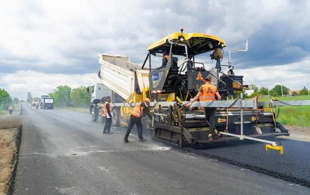 В Украине массово строят дороги к курортам