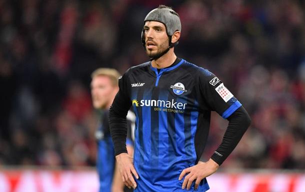 В Бундеслиге игрок повторил антирекорд по желтым карточкам за сезон