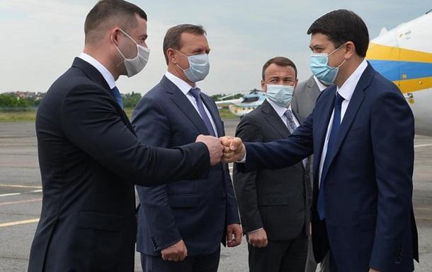 Підготовка до місцевих виборів: Для чого Дмитро Разумков відвідував Мукачево
