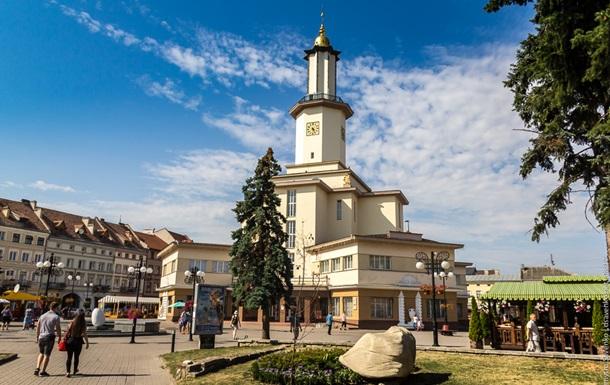 В Івано-Франківській області посилили карантин