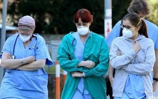 Медикам с сентября повысят зарплаты на 25-75%
