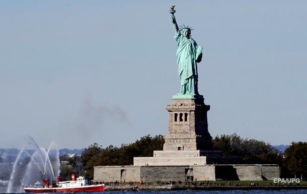 США приостановят выдачу нескольких типов виз − СМИ