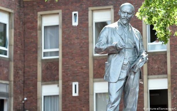 На заході Німеччини відкрили перший пам ятник Леніну