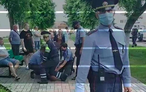 Протести в Білорусі: міліція застосувала удушення