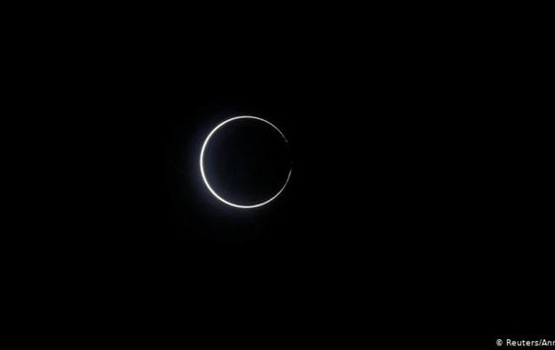 На Землі спостерігали кільцеподібне затемнення Сонця