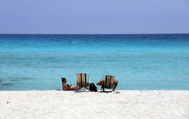 Кипр не будут требовать от туристов справку об отсутствии COVID