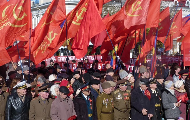 Кожен третій в Україні шкодує про розпад СРСР