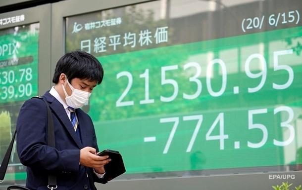 Китай начал готовится к отключению долларовых платежей