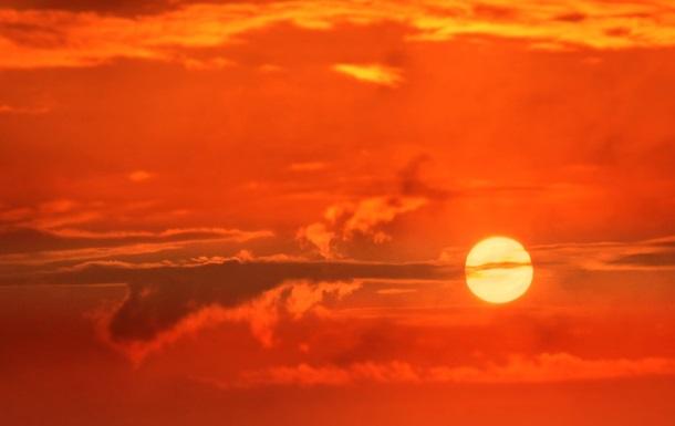NASA показало закат Солнца на других планетах