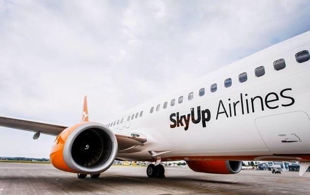 SkyUp возобновляет перелеты по Украине