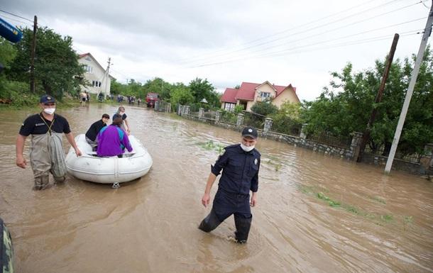 Масштаб паводка на Прикарпатье растет