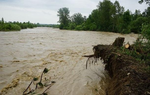 На Прикарпатті поліпшується ситуація з паводками