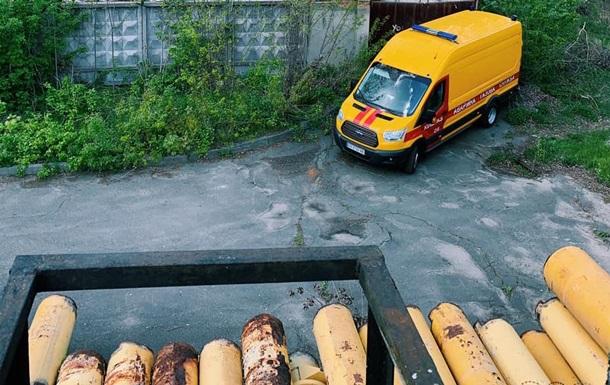 У Києві біля ринку Петрівка знайшли міни