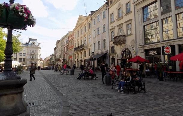 Чому поширення коронавірусу прогресує на Львівщині