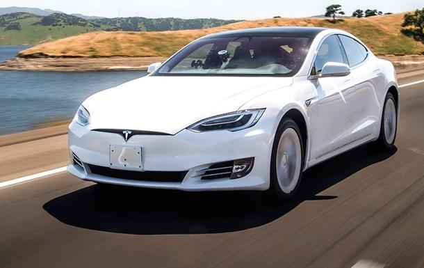 Tesla выпускает самые некачественные авто - эксперты