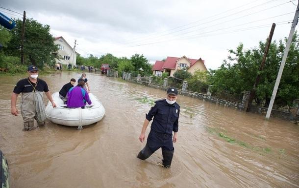 На Прикарпатті підрахували збитки від повені