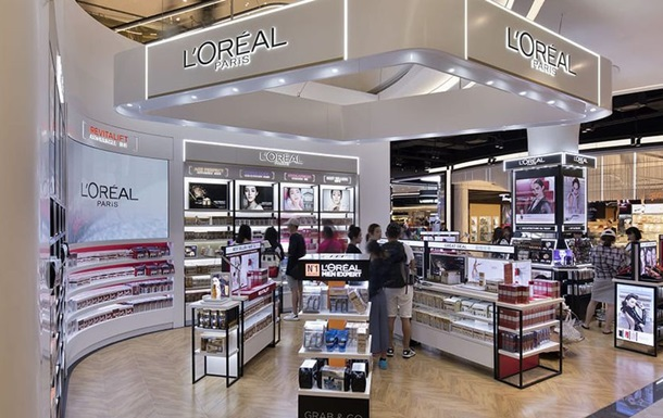 """L Oreal убирает из описания косметики слова """"светлая"""" и """"белая"""""""