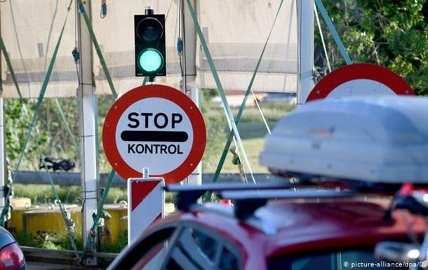 У ЄС не змогли погодити список третіх країн, для яких відкриють кордон