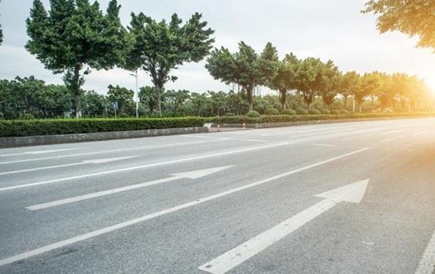 «Велике будівництво»: чи потрібні Україні бетонні дороги?