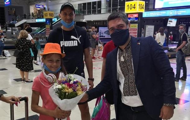 В Турцию прилетели первые украинские туристы