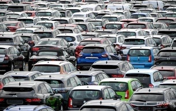 Українці за рік збільшили купівлю авто на 12%