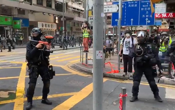 У Гонконзі під час протестів заарештовано 180 осіб