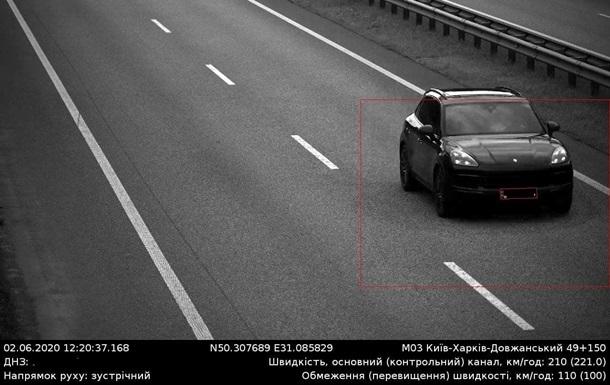 Превышения скорости на дорогах сократились в четыре раза