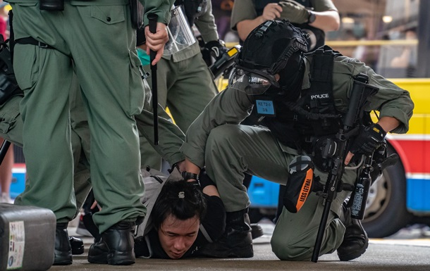 Гонконг без демократии. Аресты по спорному закону