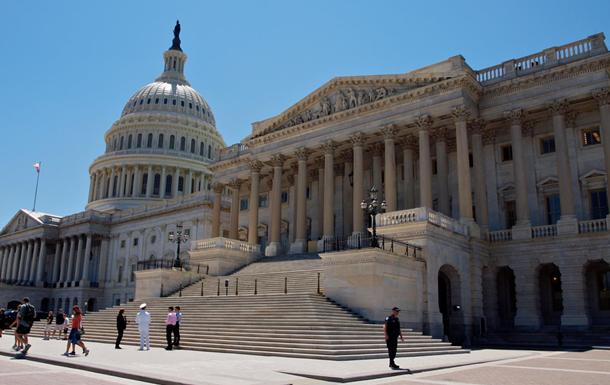 Конгрес США підтримав санкції проти Китаю за Гонконг