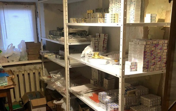 Подпольный цех в Киеве подделывал известные лекарства