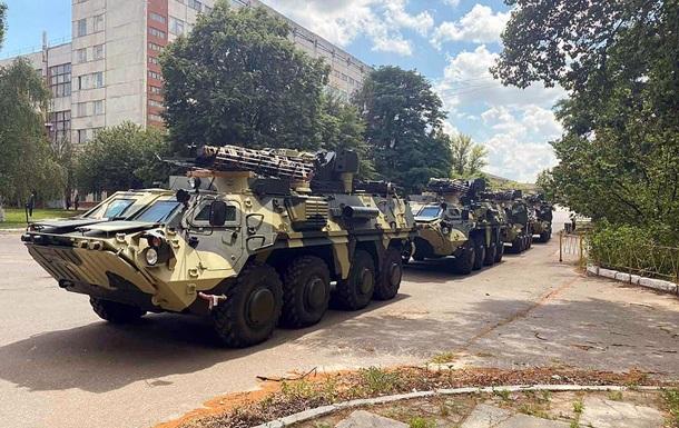 Военные получили новые БТР