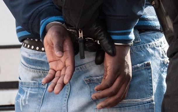 Великобританія: сотні затриманих після зламу зашифрованого злочинного чату