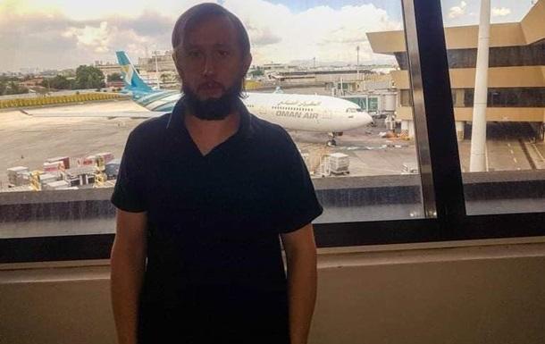 Турист 100 дней провел в аэропорту и просит помощи