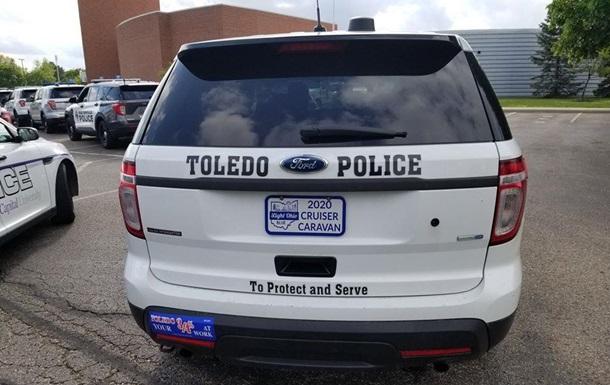 В США пьяный мужчина застрелил полицейского и покончил с собой