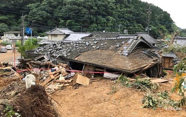 Повінь в Японії: більш як 30 загиблих