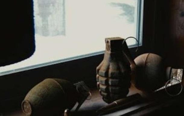 Макеевке от взрыва гранаты погиб школьник