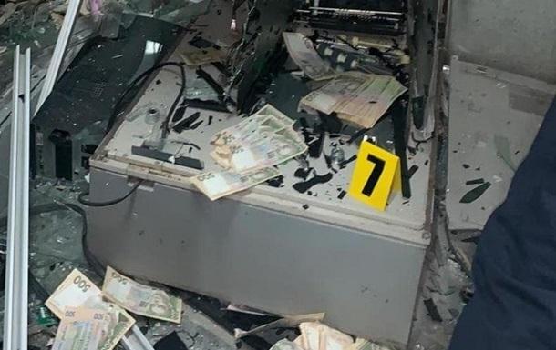 На Вінниччині з підірваного банкомата вкрали мільйон